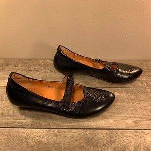 Think! Black Mary Jane Womens Shoes 10.5